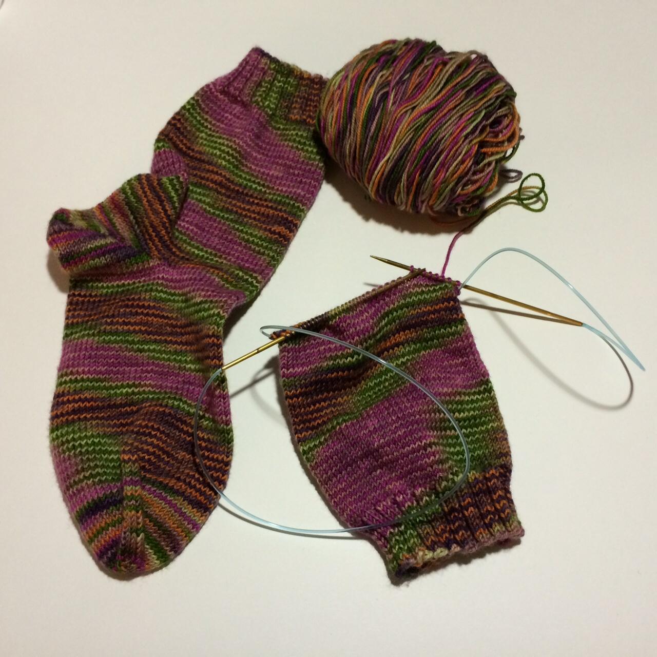 Madison Knitters Guild - Knitting Tubes on One Long Needle ...